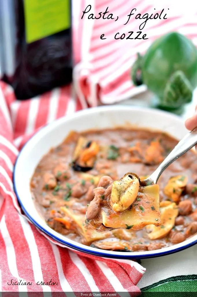 Nudeln, Bohnen und Muscheln
