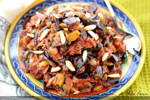 La caponata siciliana di melanzane, ricetta originale
