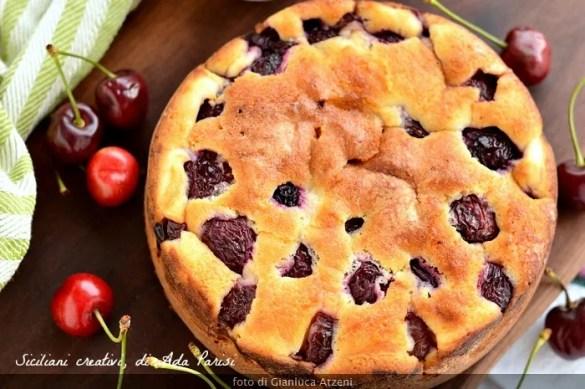 Torta morbida con ricotta e ciliegie