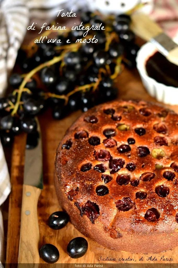 Torta all'uva e mosto con farina integrale