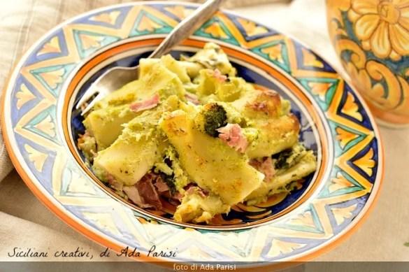 Pasticcio al forno con broccoletti e pancetta