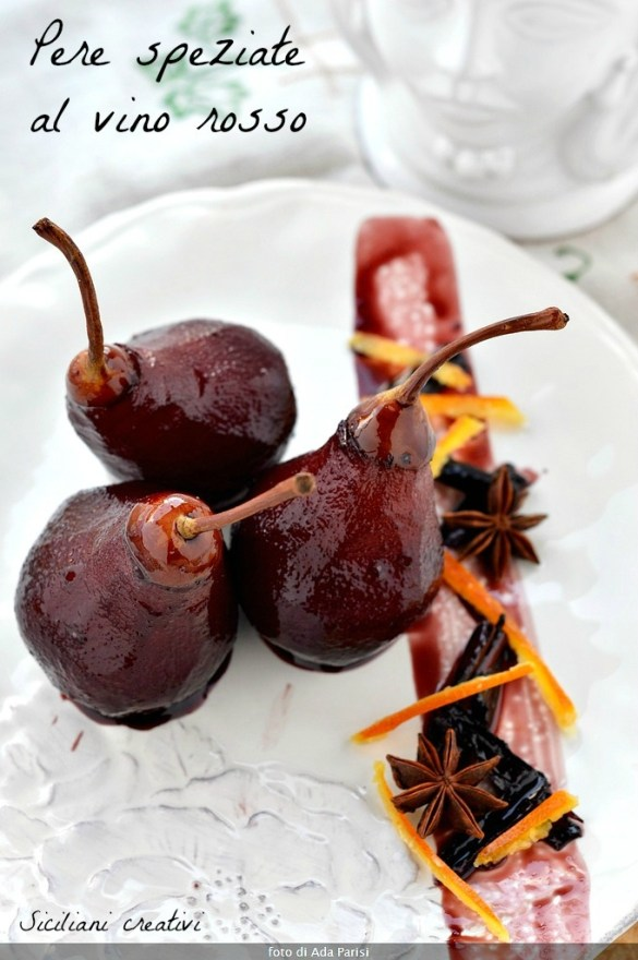 Spiced pears in red wine
