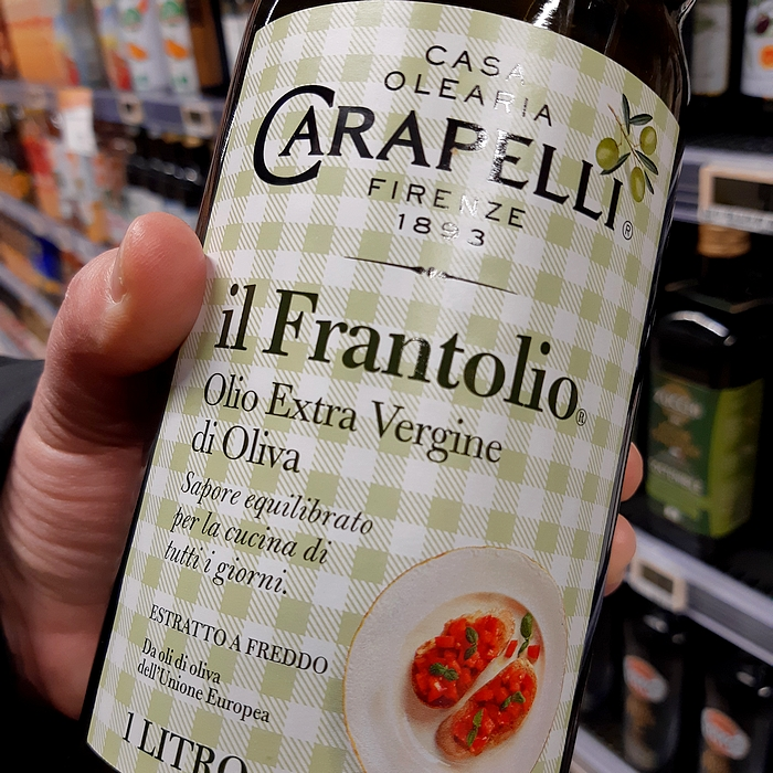 Olive oil: learn to read labels. What are the optional particulars?