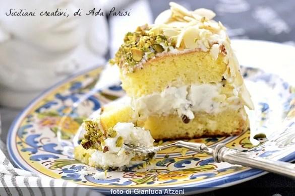 Fedora cake with ricotta and almonds, Sicilian recipe