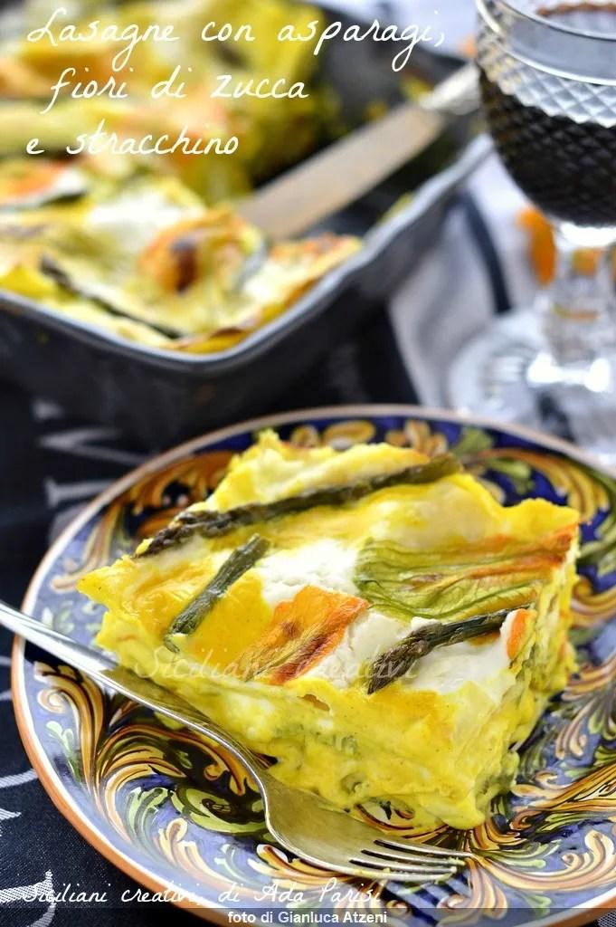 Fleurs végétariennes blanches de potiron de lasagne, asperges et stracchino.