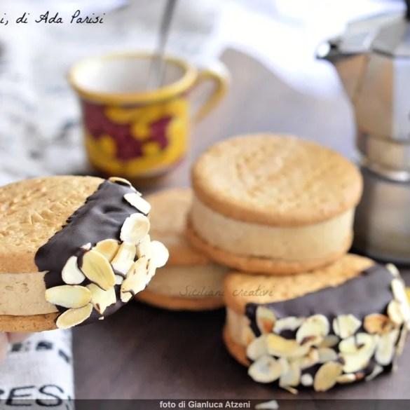 Biscotto gelato al caffè fatto in casa