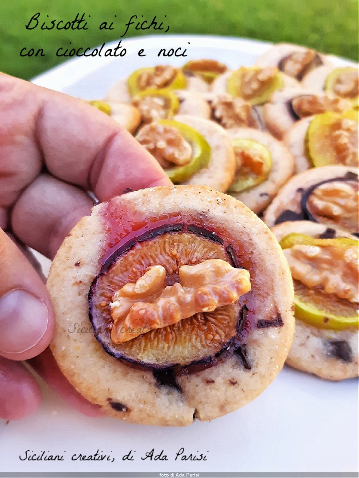 Fresh fig and walnut biscuits