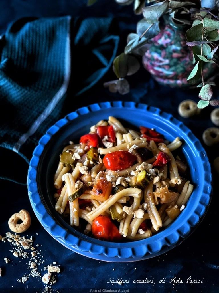 Pasta with sautéed summer vegetables