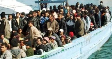 Emergenza migranti in Sicilia, mercoledì a Roma incontro tecnico-operativo fra Conte e Musumeci