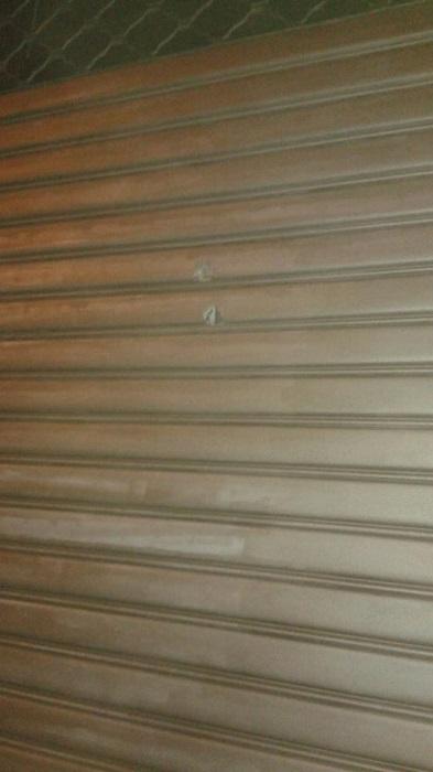 #Barcellona. Colpi di arma da fuoco contro negozio in via Kennedy TUTTE LE FOTO