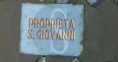 #Messina. Lavori abusivi e una targa misteriosa in piazza San Giovanni a Castanea