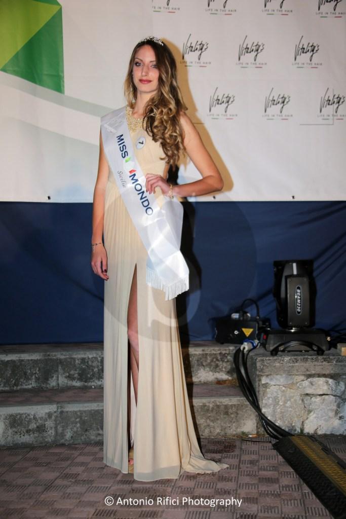 #GioiosaMarea. La più bella della Sicilia è la messinese Valeria Cordaro