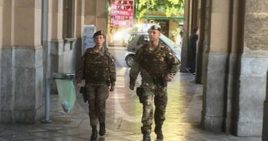 Sicilia, la Regione a M5S: sì al trasporto pubblico gratuito per il personale dell'Esercito