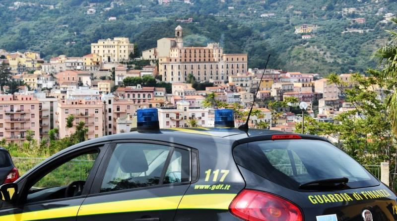 Patti, truffa da 21 milioni di euro: 3 arresti, divieto di fare impresa per 8 persone e mezzo milione sequestrato