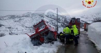 #Cesarò. I Vigili del Fuoco di Messina soccorrono i soccorritori