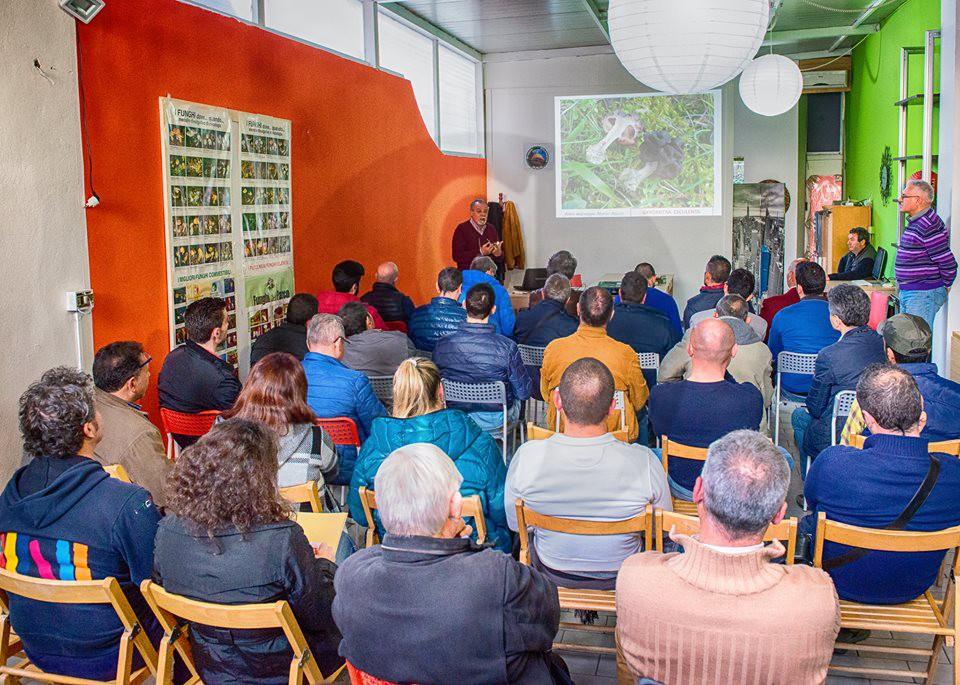 #Barcellona. Concluso con successo il corso organizzato dall'associazione Micologica  Duilia