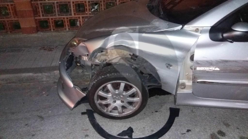 Cronaca. Messina, incidente a Ortoliuzzo: investe auto parcheggiata e poi impatta contro un albero