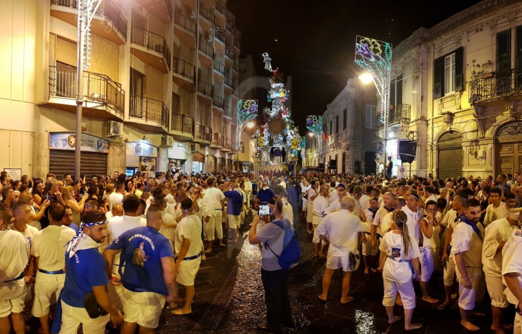Folklore. Messina, si rinnova la tradizione: ecco la Vara 2018