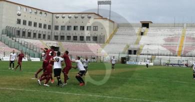 Serie D. Il Messina crolla al San Filippo, l'Acireale si impone per 3-0
