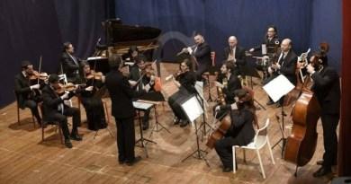 Musica. Filarmonica Laudamo, Giuseppe Corpina & l'Orchestra da camera Sinfonietta Messina al Palacultura