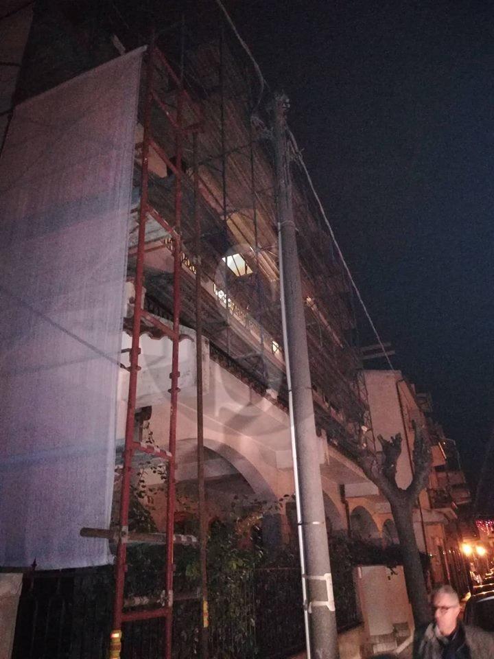 Cronaca. Barcellona PG, a fuoco palo della luce in via Pitagora: black out in zona