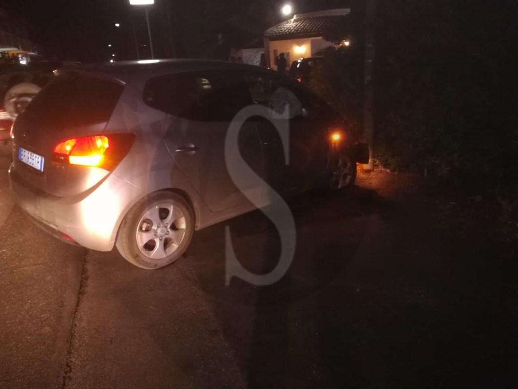 Terme Vigliatore, auto contro un palo a Cannotta: tre persone ferite