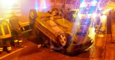 Messina, incidente in tangenziale: auto si ribalta in galleria, ferita la conducente