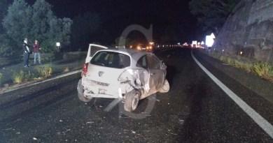 Grave incidente sulla Messina-Palermo: auto si scontra con un camion, 29enne in codice rosso al Piemonte