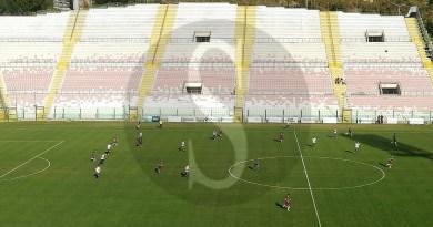 Un brutto Messina vince al San Filippo, Roccella battuto 1-0: dura contestazione dei tifosi