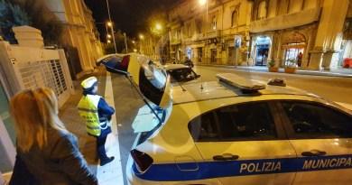 Messina, controlli a tappeto della Polizia Municipale per le vie del centro:  oltre 7.000 euro di multe