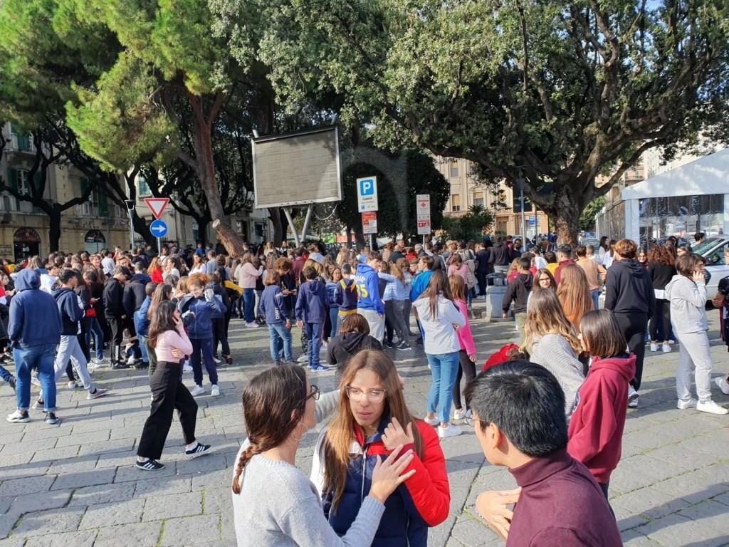 Messina, si teme una fuga di gas ma erano esalazioni di origine fognaria dai bagni del Maurolico