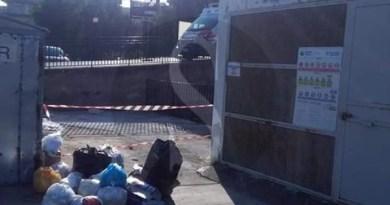 Barcellona PG, rifiuti abbandonati davanti al Pronto Soccorso del Cutroni Zodda