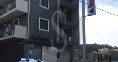 Abusi sessuali nei confronti della figlia minorenne, arrestato un 42enne nell'hinterland Barcellonese