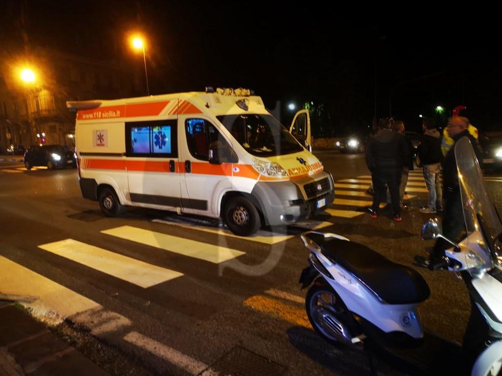 Messina, incidente in viale Boccetta: un'auto si ribalta, ferito il conducente
