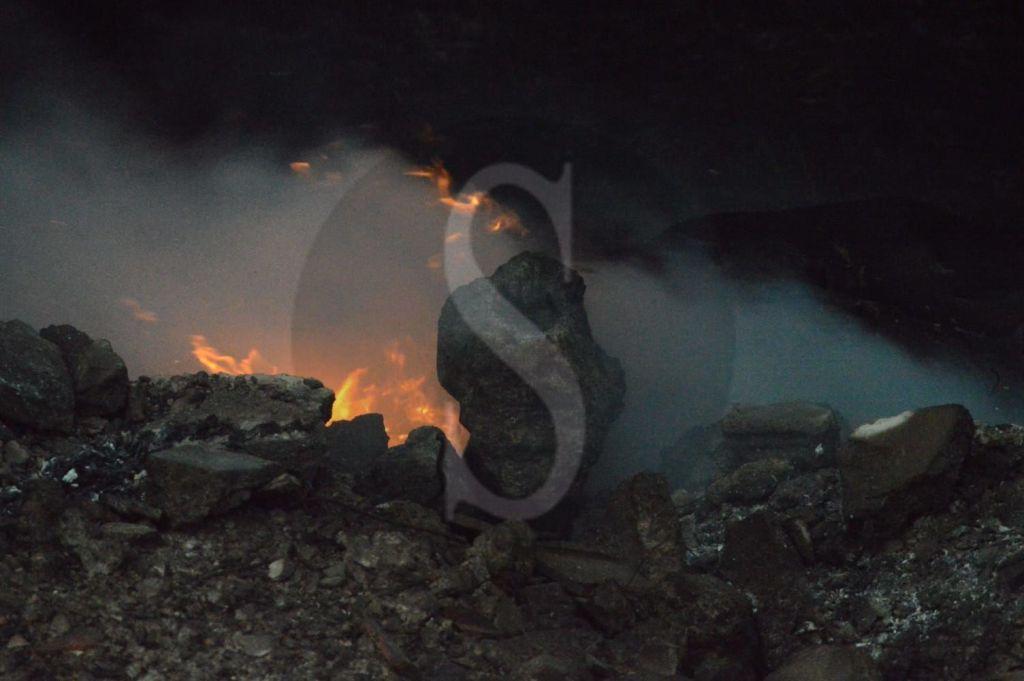 Dopo ore di lavoro ininterrotto domato l'incendio di Spadafora