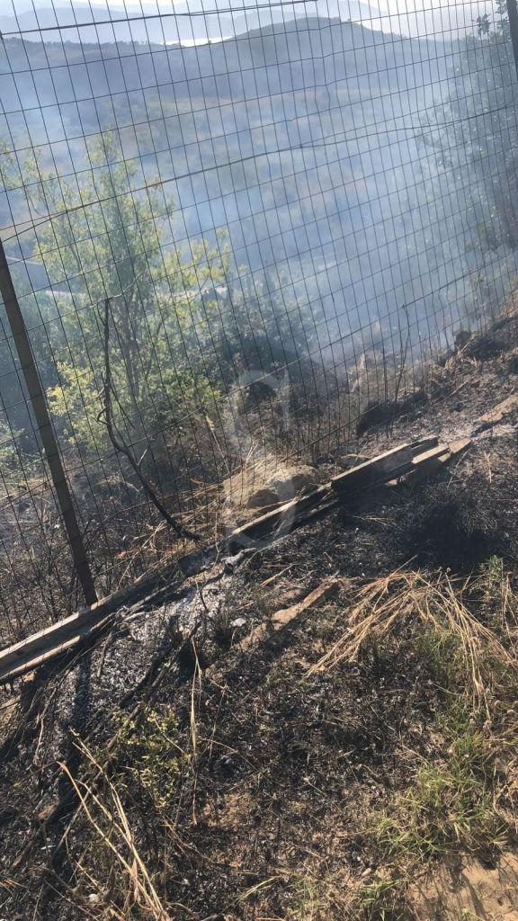 Barcellona PG, incendio in contrada Valle: i residenti chiedono più attenzione a Palazzo Longano