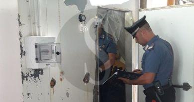 Caronia, carne e scarti animali nella stessa cella frigorifera: denunciati padre, madre e figlio