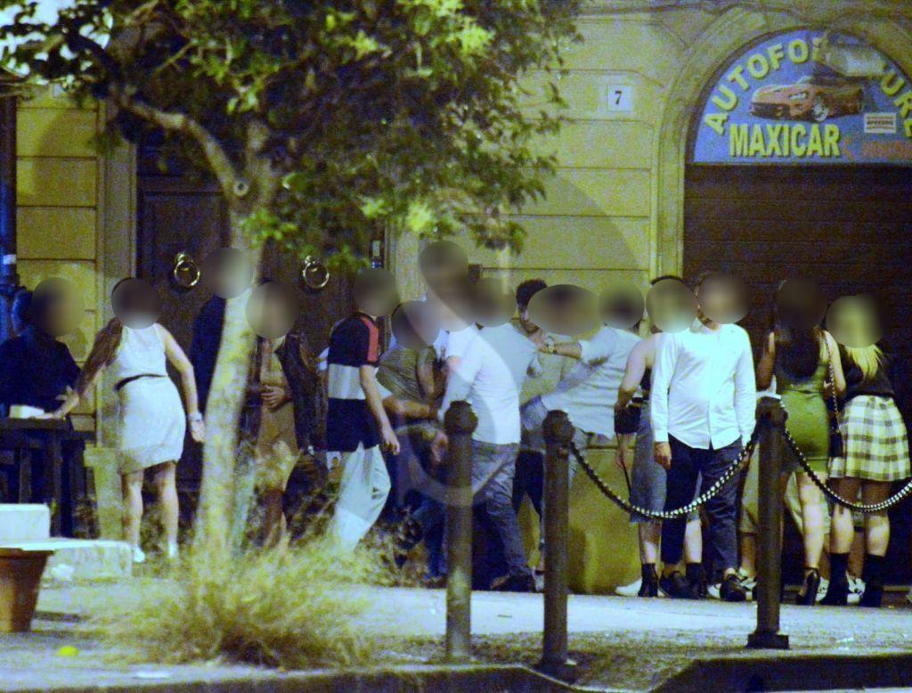 Messina, maxi rissa in piazzetta Catalani alle 4 del mattino davanti a un locale ancora aperto