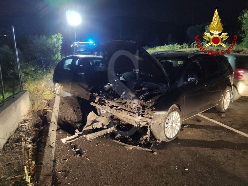 Messina, incidente a Piano Torre: 1 moto e 2 auto soccorse da ambulanze e Vigili del Fuoco