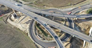 Caltanissetta, aperta al traffico la rotatoria sul nuovo viadotto Salso