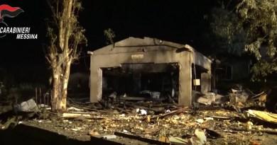 Barcellona PG, esplosione fabbrica di fuochi d'artificio: tre arresti, sequestrate due aziende