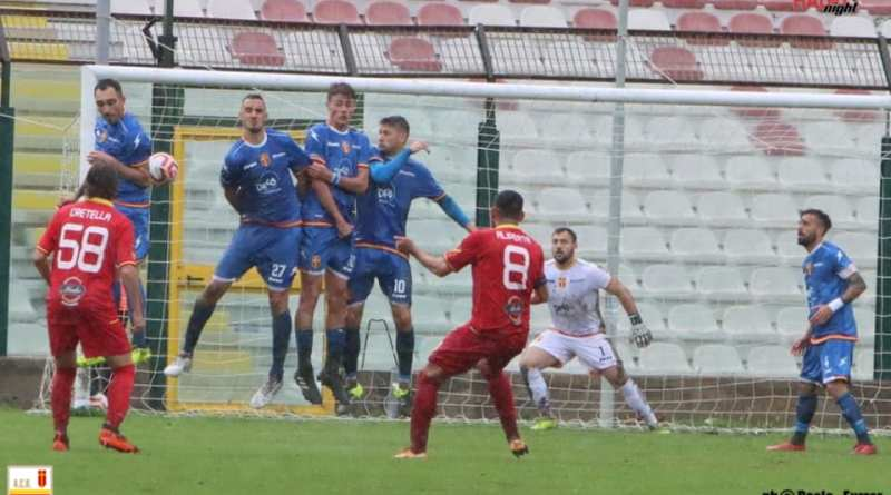 Messina spietato e in grado di soffrire: rispedito al Football Club l'1-0 dell'andata (con gli interessi)