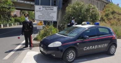 Falcone, notificato al sindaco Paratore il divieto di dimora: è accusato di turbativa d'asta