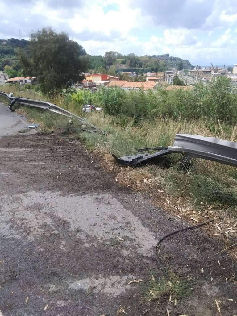 Incidente sulla A20. Jeep giù dal viadotto tra Villafranca e Rometta