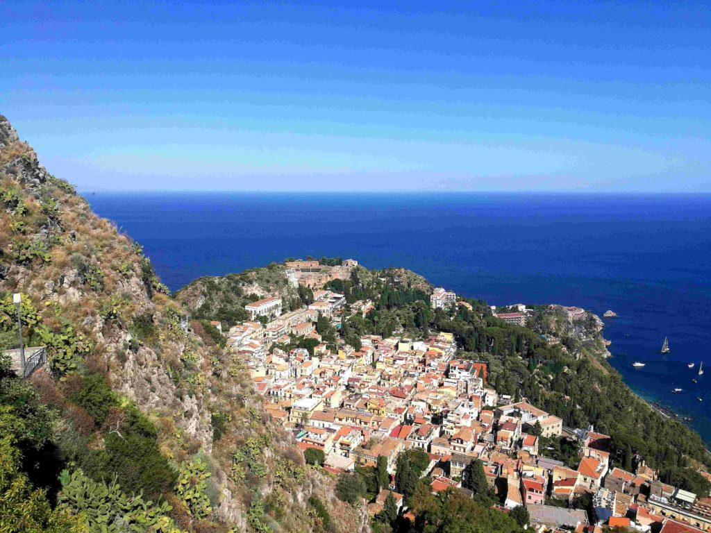 Castelmola and Taormina private tour