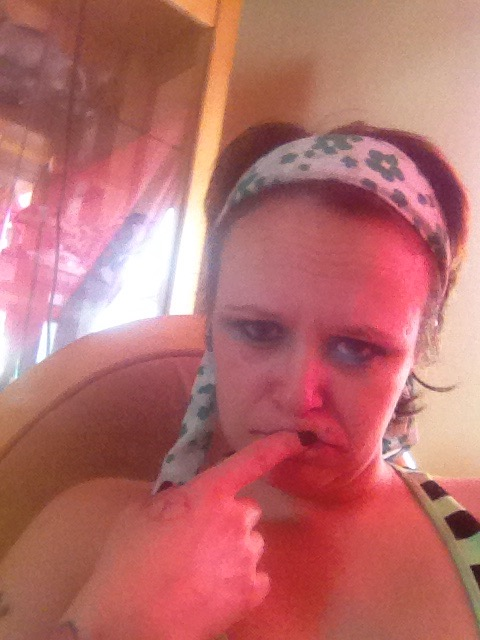 Super Chav Mum On Facebook Has Absolutely No Shame Sharing These Pictures And Statuses  Sick