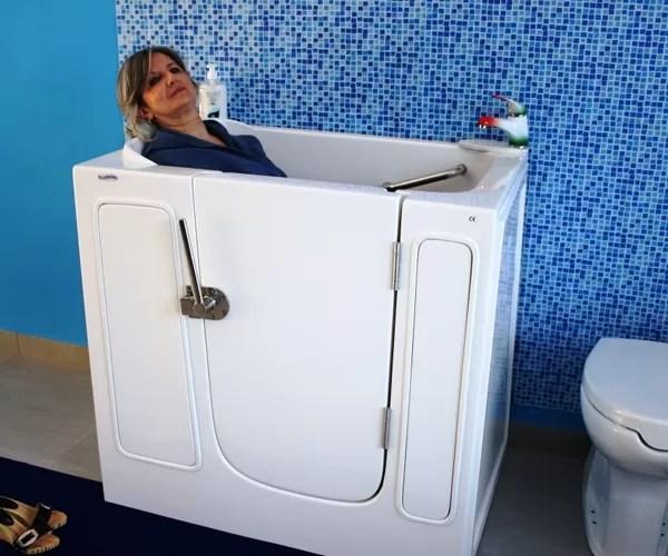 Piccola Vasca con Apertura Laterale per Anziani e Disabili