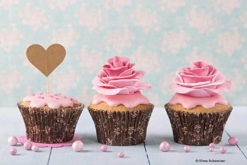 zum valentinstag muffins mit wei er schokolade einfach lecker rezept von sidco. Black Bedroom Furniture Sets. Home Design Ideas