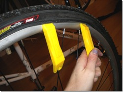 change bike tire