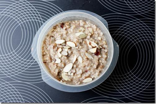cranberry almond oats
